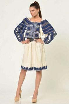 Popular Folk Embroidery Found on iiana. Folk Fashion, Ethnic Fashion, Colorful Fashion, Fashion Art, Fashion Outfits, Fashion Trends, Folk Embroidery, Folk Costume, Embroidery Techniques