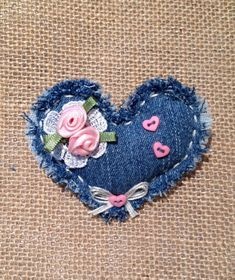 Denim Heart Pin от takeittoheart на Etsy Related posts:Specialty Sewing Machine Feet OptionsCliche Stories - or FF that Everyone knows by heart. Jean Crafts, Denim Crafts, Fabric Hearts, Fabric Flowers, Sewing Crafts, Sewing Projects, Denim Ideas, Fabric Jewelry, Felt Ornaments
