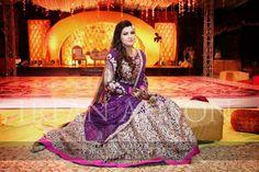 Dulhan Dress, Desi Bride, Bridal Dresses, Women's Dresses, Half Saree, Asian Fashion, Asian Woman, Dress Making, Party Wear