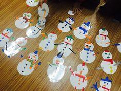 +12월 주제 : 눈사람 모빌 만들기 : 네이버 블로그 Triangle