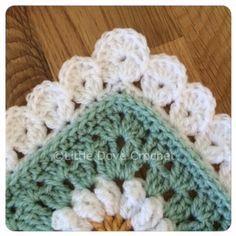 Lovely Blanket Border: free crochet pattern More