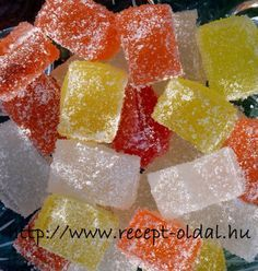 MIT FŐZZEK HOLNAP ? - BONBONOK HÁZILAG - GUMICUKOR Ital Food, Gourmet Candy, Fancy Desserts, Hungarian Recipes, Jar Gifts, Candy Recipes, Cake Cookies, No Bake Cake, Love Food