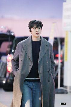 Cute Korean Boys, Korean Men, Asian Boys, Asian Actors, Korean Actors, Ko Ko Bop, Kim Myung Soo, K Idol, Men Looks