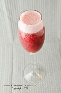 Hot Eats and Cool Reads: Strawberry and Blackberry Bellinis Made with Mosca...