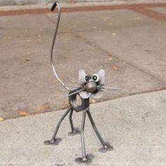 Yardbirds metal cat sculpture