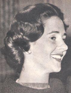 <3  article : La vie de dona Fabiola dans le magazine: le Patriote illustré octobre 1960 N° 48