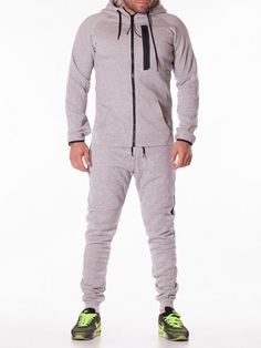 Trening barbati Unlimited gri deschis Cool Street Fashion, Street Style, Wide Pants, Pleated Pants, Minimal Design, Long Sleeve Shirts, Elegant, T Shirt, Jackets