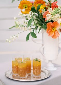 Modern Fall Colors for a Vibrant Wedding