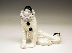ROSENTHAL FIGUR ART DECO PIERROT LIEGEND PIERROT LYING DOROTHEA CHAROL MNR: 251