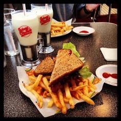 Photo Credit: @hannahlizzerd via Instagram #JohnnyRockets #BYOB #hamburgers #AllAmerican #lunch #dinner #eat #customhamburgers #shakes #fries #onionrings #desserts #sandwich #burgers