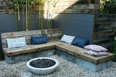 landscape designer Steve Siegrist reclaimed fence bench | Flickr - Photo Sharing!
