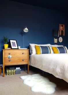 Ranarp Ikea Wall Light Valspar Deep Shadow Dark Blue walls similar to Farrow and Ball Hague Blue and Stiffkey Blue Eyebrow Makeup Tips Dark Blue Bedrooms, Dark Blue Walls, Blue And Yellow Bedroom Ideas, Royal Blue Walls, Blue Painted Walls, Navy Bedrooms, Royal Navy, Home Bedroom, Bedroom Decor