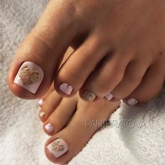 Ideas gel pedicure designs classy for 2019 Pedicure Colors, Pedicure Designs, Manicure E Pedicure, Toe Nail Designs, French Pedicure, Cute Pedicures, Pretty Toe Nails, Feet Nails, Toe Nail Art