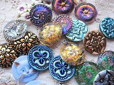 art glass buttons