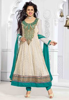 Looking for a pretty anarkali suit? Buy latest anarkali suits online from the huge collection of Indian anarkali suits on Utsav Fashion. Latest Anarkali Suits, Salwar Suits Pakistani, Wedding Salwar Kameez, Indian Dresses, Indian Outfits, Buy Salwar Kameez Online, Bollywood Outfits, Punjabi Fashion, Designer Anarkali