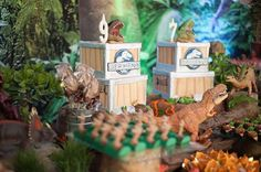 #mulpix Os bolos Jurassic World para Ernesto e Germano. Uma festa marcante.  #happyfest