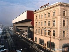 Bratislava, Multi Story Building, Mansions, House Styles, Manor Houses, Villas, Mansion, Palaces, Mansion Houses