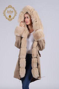 eee885bd Jolie Fur Fashion präsentiert: Miss Furs Parka aus der Kollektion 2018/2019.  Ein