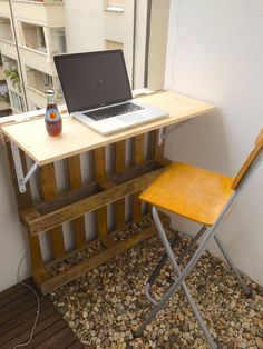 Balcony Bar Table Made From Old Palette And Board Attached By Using A Pair  Of Folding