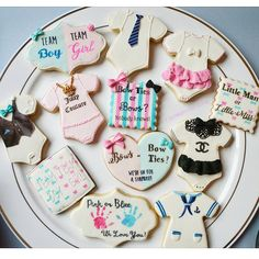 """518 Likes, 31 Comments - I Scream for Icing! Cookies (@i_scream_for_icing) on Instagram: """"Gender Reveal Cookies! (Funnest sets to date) ⚘❤ #itsagirl ! So excited, I'm getting a…"""""""