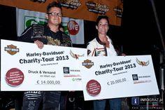 """Fotos von der """"Harley Davidson Charity Tour"""" - Spendengelder für muskelkranke Kinder - Zwischenstopp am Lendplatz Graz am 9.8.2013  http://www.info-graz.at/grazer-lendviertel-bezirk-lend-bilder-photos-party-events-veranstaltungen/overview/41567/15776_harley-davidson-treff-9-8-2013-grazer-lendplatz-fahrer-sammeln-spendengelder/"""