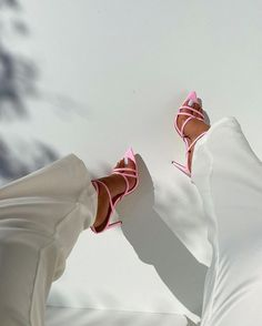 Cute Shoes, Me Too Shoes, Elegantes Outfit Frau, Mode Dope, High Heels, Shoes Heels, Pumps, Strappy Heels, Fashion Shoes
