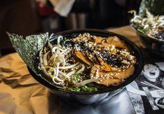 Koreeda ramen ze schabem od Akity. Mniam mniam! #warsaw #warszawa #ramen #foodtruck #foodie #japanesefood #japanese #ramenlover #ugryźmiasto #streetfood #chashu #akitaramen #comfortfood
