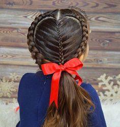 Easy Boho Hairstyle For Long Hair - 20 Trendy Half Braided Hairstyles - The Trending Hairstyle Half Braided Hairstyles, Fancy Hairstyles, Wedding Hairstyles, Bob Hairstyles, Summer Hairstyles, Cute Little Girl Hairstyles, Flower Girl Hairstyles, Look Girl, Toddler Hair
