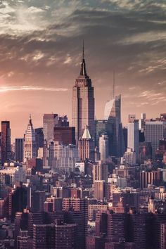 New York City #skyline #manhattan #EmpireState