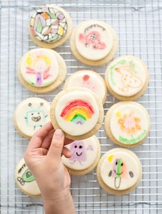 Show off your kids art on fondant cookies! These would be fun to set out for a birthday party for kids to decorate and take home as favors! Fondant Cookies, Sugar Cookies, Tasty Cookies, Cupcakes, Art Activities For Kids, Kids Crafts, Activity Ideas, Toddler Crafts, Birthday Desserts