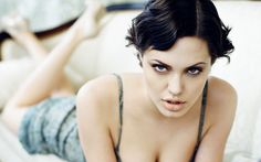 Twenty-seven exceptionally hot pictures of Angelina Jolie that make us happy she finally freed herself of Brad Pitt. Who Is Angelina Jolie, Angelina Joile, Angelina Jolie Pictures, Jolie Pitt, Le Jolie, Brad Pitt, Beautiful Celebrities, Beautiful Actresses, Photo Star