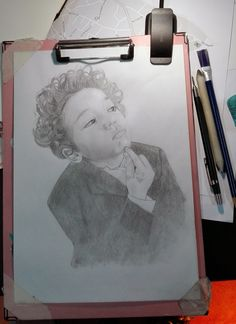 Commissione ritratto a matita Art, Art Background, Kunst, Gcse Art, Art Education Resources, Artworks