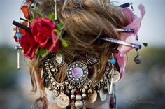 really creative use of a necklace as hair ornament in the back! love it! another pinner said: love this pic on Angora Tribal Bellydance's website