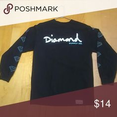 Diamond shirt gently worn men's medium Diamond Supply Co. brand long sleeve with print on both sleeves and front. Only worn a few times. Winter didn't last long! Diamond Supply Co. Shirts Tees - Long Sleeve