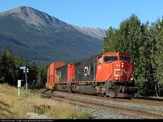 RailPictures.Net Photo: CN 5785 Canadian National Railway EMD SD75I at Jasper, Alberta, Canada by Aivo Merimets-CP9524