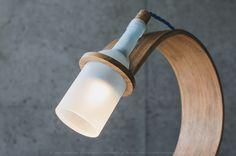 Lampka Quercus - butelka od wina i drewno  #wolniodplastiku #greenspiracje