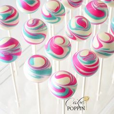 Top 20 cake pops take a look at the wonderful ice cream cone cake pops at this sweet donut birthday party! see more party ideas and share yours at catchmyparty com catchmyparty partyideas donutparty cakepops Easy Cookie Recipes, Cake Recipes, Cake Pop Designs, Cake Pop Decorating, Swirl Cake, Bon Dessert, Cookie Pops, Savoury Cake, Pinterest Board