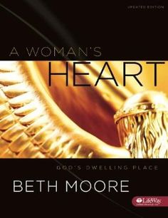 Amazon.com: A Woman's Heart: God's Dwelling Place (Member Book UPDATED) (9781415855812): Beth Moore: Books