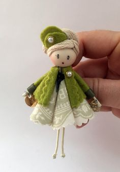 Fairy Crafts, Doll Crafts, Clothespin Dolls, Sewing Dolls, Fairy Dolls, Felt Dolls, Felt Ornaments, Bottle Crafts, Miniature Dolls