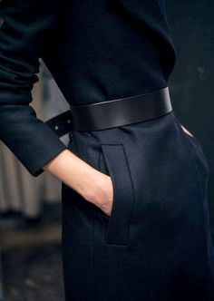 Black belt in a total black outfit. - Black Belt - Ideas of Black Belt - Black belt in a total black outfit. Fashion Gone Rouge, Fashion Mode, Look Fashion, Fashion Details, Womens Fashion, Fashion Design, Fashion Trends, Net Fashion, Latest Fashion