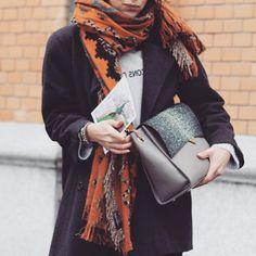 'Les Garcons et les Filles' tee-shirt by Sezane x La Redoute, chunky scarf and Versa Versa bag