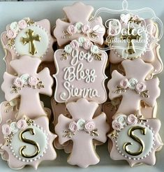 Cookies Taufe ***Please contact me prior to placing your order to be sure that I have availability f Girl Baptism Party, Baby Baptism, Girl Baptism Cakes, Baptism Ideas, Girl Christening, Baptism Favors, Baptism Desserts, Christening Favors, Baptism Party Decorations