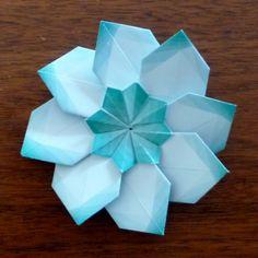 Star in a Star Fold modular origami star Modular Origami, Origami Folding, Origami Paper, Diy Paper, Paper Crafts, Iris Paper Folding, Origami Ball, Kirigami, Origami Instructions