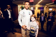 F1 Drivers, Lewis Hamilton, Ubs, Chef Jackets, Coat, Fashion, Moda, Fashion Styles, Fashion Illustrations