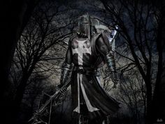 This Knight Is Known To Be Called A Dark Knight Links to a great site about the of the Knights Templar Medieval Knight, Medieval Fantasy, Dark Fantasy, Fantasy Art, Medieval Armor, Knight In Shining Armor, Knight Armor, Dark Knight, Armadura Medieval