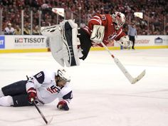Canadians can fly