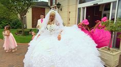 my big fat gypsy wedding dresses my guilty pleasure Weird Wedding Dress, Wedding Dresses For Sale, Designer Wedding Dresses, Wedding Gowns, Wedding Bride, Fall Wedding, My Big Fat Gypsy Wedding, Gipsy Wedding, Puffy Dresses