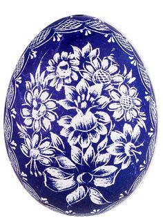 Ręcznie robiona pisanka - kraszanka opolska wydrapywana - niebieska Ukrainian Easter Eggs, About Easter, Coloring Easter Eggs, Egg Art, Egg Decorating, Vintage Shabby Chic, Spring Colors, Womens Slippers, Painted Rocks