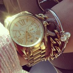 Perfect everyday arm candy!