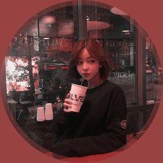 Aesthetic Videos, Kpop Aesthetic, Aesthetic Girl, Aesthetic Rooms, Uzzlang Girl, Bts Girl, Korean Photo, Korean Beauty Girls, Ulzzang Korean Girl